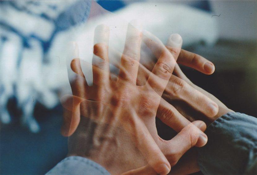 Помощь психолога при потере близкого человека